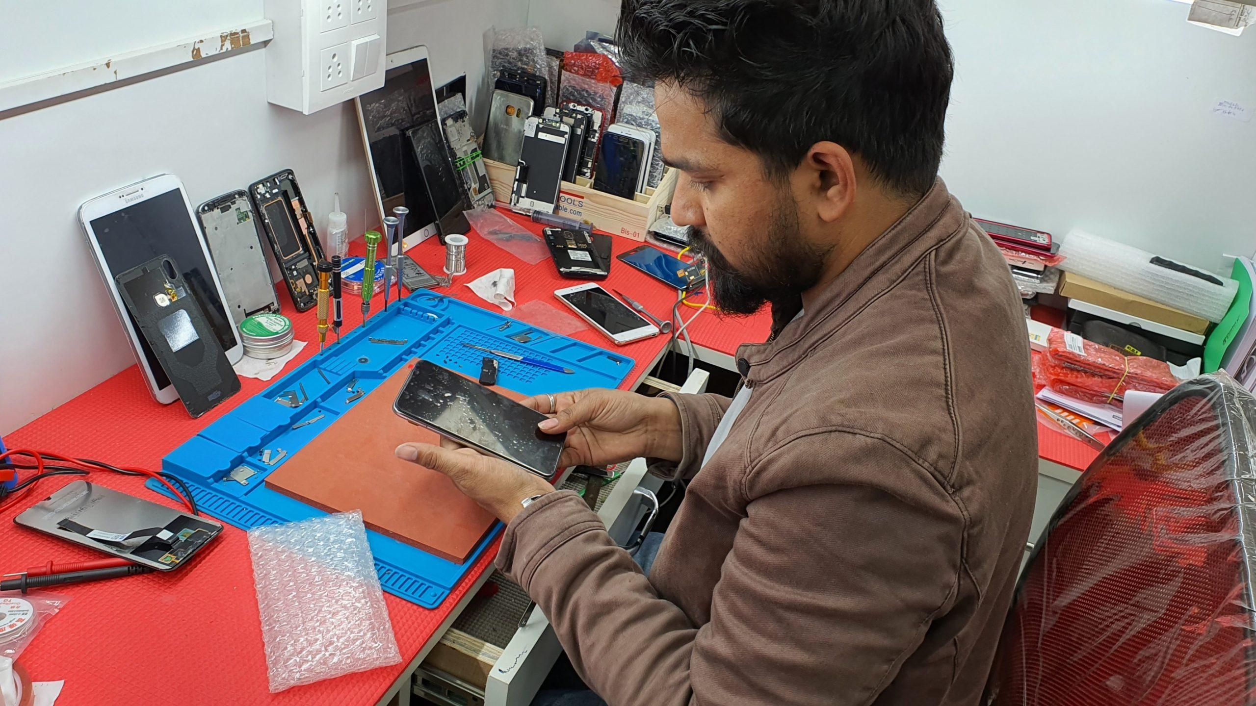 Best Mobile Repair Services Vasundhara
